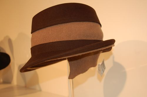 MV hat shop 3