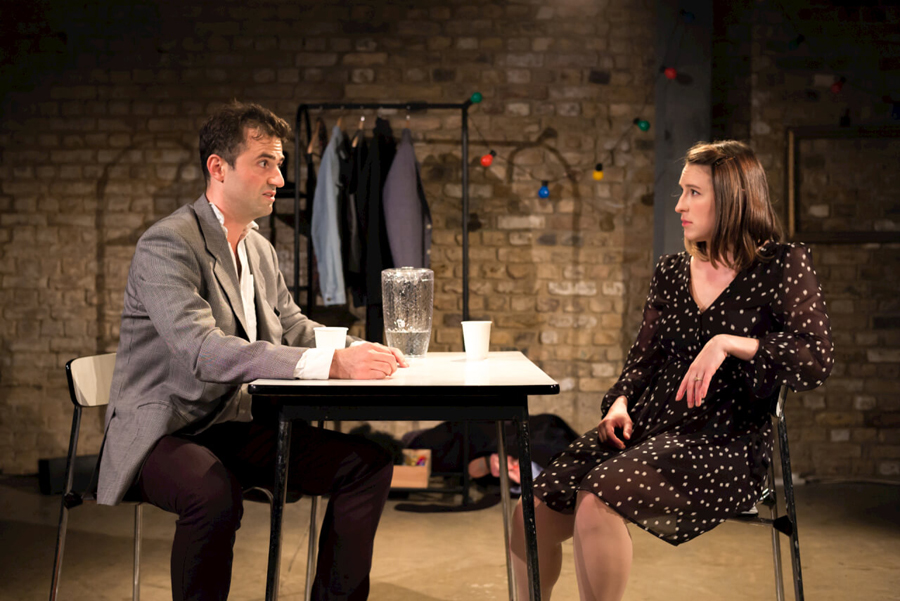 how-to-date-a-feminist-at-the-arcola-c-nick-rutter-2016-2-1