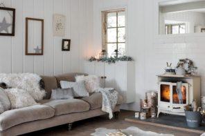 img_0274-xmas-living-room-18-650x450