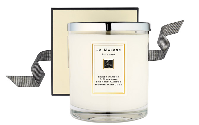 jo malone sweet almond and macaroon candle the womens room. Black Bedroom Furniture Sets. Home Design Ideas