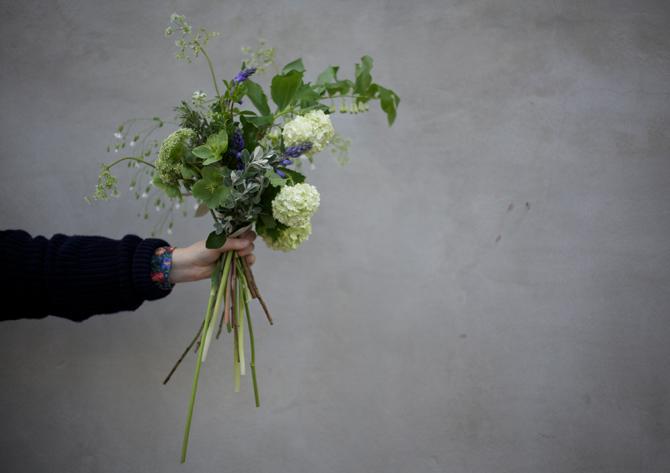 ally cap flowers