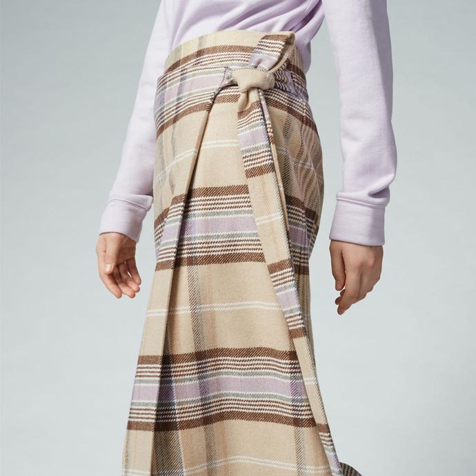 check-skirt-warehouse-thewomensroomblog