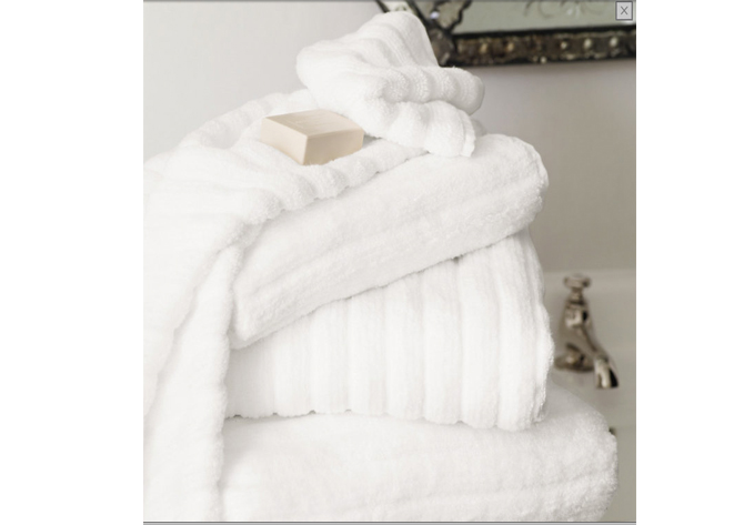 white co towels