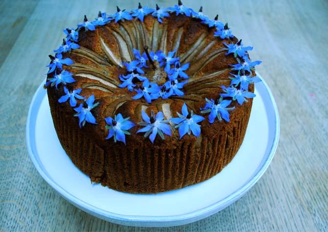 white-company-cake-bake 02